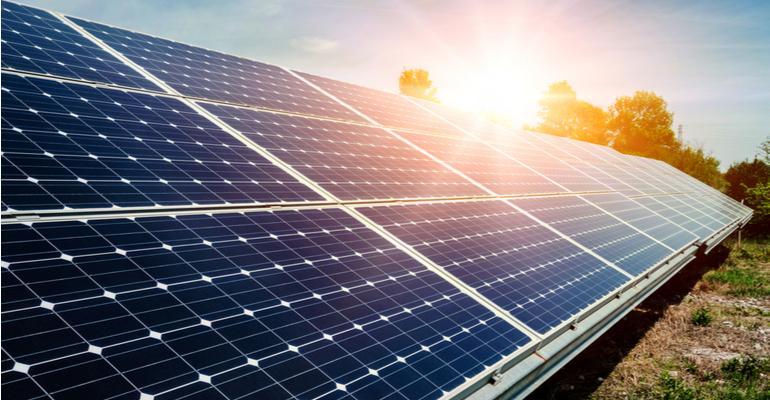 Economize na conta de sua fazenda usando energia solar.jpg