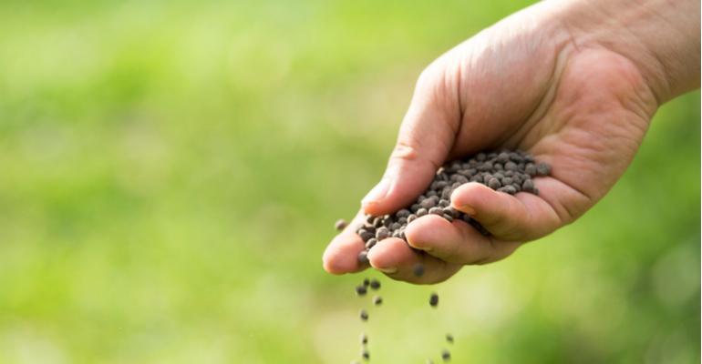 Vantagens da distribuição de corretivos e fertilizantes na agricultura de precisão.jpg