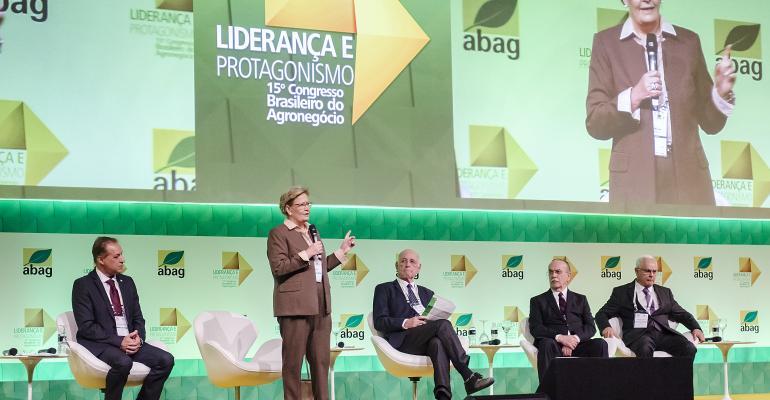 O que falta para o Brasil assumir a liderança no agronegócio Especialistas debatem-Abag
