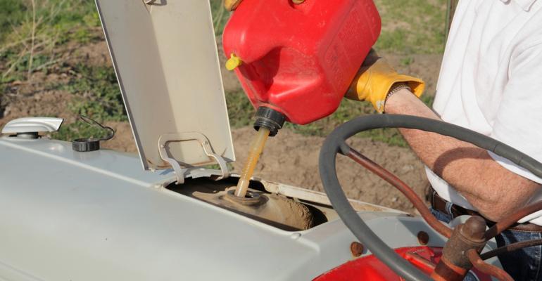 Alcance a eficiência de combustível em veículos a campo em 5 passos fáceis