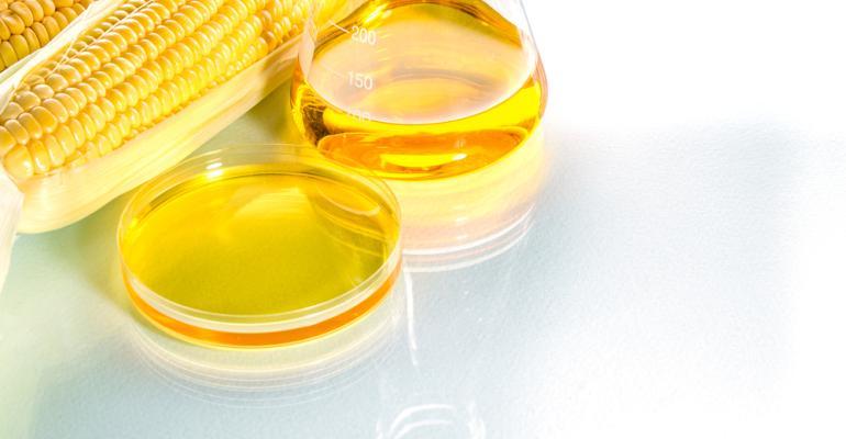 Entenda como produzir etanol a partir do excedente da produção de milho