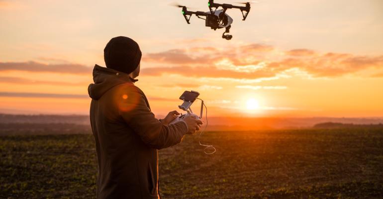 O que considerar na compra e aluguel de drones?